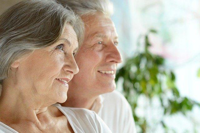 Bestattungsvorsorge, älteres Paar
